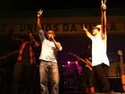 Com Thiago Martins, Romário dá palinha em show do Trio Ternura