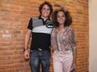 Felipe Dylon e Aparecida Petrowky vão a show do irmão de Adriana Birolli