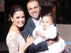 Luciele Di Camargo comemora dois anos de casada com Denilson