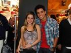 Rodrigo Simas fica com Monique Alfradique em bar de SP