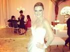 Mirella Santos troca o vestido durante festa de casamento com Ceará