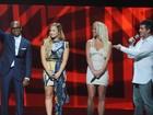 Veja Britney Spears no palco do 'X Factor' pela primeira vez