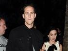Katy Perry dá guitarra de US$ 20 mil de presente para o namorado, diz site