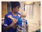 Neymar posta foto com o filho: 'Meu Dia dos Namorados'