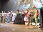 Com 50 atores em cena, 'O Mágico de Oz' conquista o público no Rio