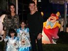 Rodrigo Faro festeja aniversário das filhas em São Paulo