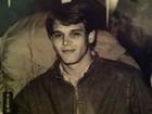 Beleza é de família: ex-BBB Jonas posta foto do pai quando jovem