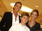Luiza Brunet faz homenagem aos filhos no Twitter: 'Amo'