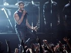 Ex de Usher quer usar perseguidora do cantor para obter guarda dos filhos