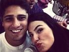 Isis Valverde posta fotos de bastidores de 'Avenida Brasil'
