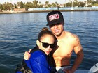 Namorado de Jennifer Lopez leva cantora para praticar wakeboarding