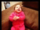 Fofura! Perlla posta foto da filha e baba: 'Eu fico rindo, gente'