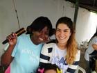 Priscila Fantin participa de evento em presídio feminino