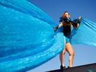 De férias do carnaval, Renata Santos planeja turnê como cantora pop