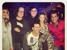 Bruno De Luca comemora 30 anos com amigos famosos