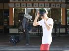 Justin Bieber posa com máscara do Batman
