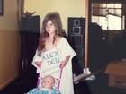 Bárbara Evans publica foto de quando era pequena