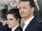 Kristen Stewart pede desculpas por traição: 'Profundamente triste'