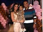 Filha de Luciele e Denílson faz 2 anos em festa com a família Camargo