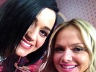 Eliana posta foto ao lado de Katy Perry no Twitter: 'Super simpática'