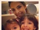 Carol Celico posta foto com os filhos para desejar bom dia