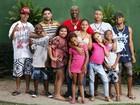 Com 21 filhos, Mr Catra mostra parte de sua prole: 'Sou o melhor pai para eles'