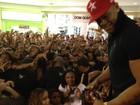 Léo Santana causa tumulto em shopping em Aracaju