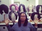 Oprah Winfrey posta foto no Twitter usando óculos e sem maquiagem