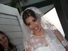 Noiva de Marcelo Serrado deixa hotel para o casamento