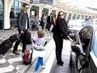 Cheios de estilo, Murilo Rosa e Fernanda Tavares desembarcam em SP