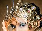 Taís Araújo posa coberta de ouro para concurso de design de joias