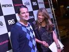 Marcelo Serrado e a mulher prestigiam aniversário de Preta Gil