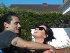 Katy Perry e John Mayer trocaram beijos em festival de música, diz site