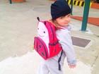 Fofa! Rafa Justus posa com mochila de joaninha antes de ir para a escola