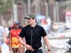 Marcelo Serrado faz caminhada, no Rio