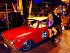 Namorado posta foto com Danielle Winits: 'De carro novo'