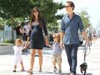 Grávida do terceiro filho, Camila Alves faz programa família em Nova York