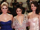 Vanessa Hudgens usa decote ousado em festival de cinema de Veneza