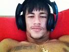 Neymar posta foto com fone no ouvido: 'Meu estilo, minha cara'