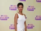 Chris Brown e Rihanna ficam em banheiro de boate, diz site