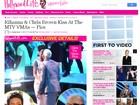 Ex-namorados, Rihanna e Chris Brown se beijam em premiação