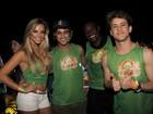 Saulo Fernandes põe famosos para dançar em micareta na Bahia