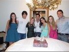 Zilu Camargo posta foto da família reunida: 'Amo'