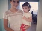 Carol Celico e a filha vestem roupas iguais