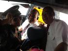 Nas alturas! Latinete faz sucesso com pilotos de avião