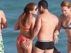 Após mão-boba na praia, Nívea Stelmann negocia nu para 'Playboy', diz jornal