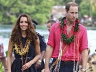 Descalços, Kate Middleton e Príncipe William visitam tribo das Ilhas Salomão