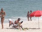 Sophie Charlotte e Malvino Salvador aproveitam terça-feira, 18, ensolarada em praia do Rio
