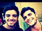 Rodrigo Simas posta foto ao lado de Bruno Gissoni