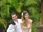 Iran Malfitano e sua mulher se vestem de noivos pela primeira vez